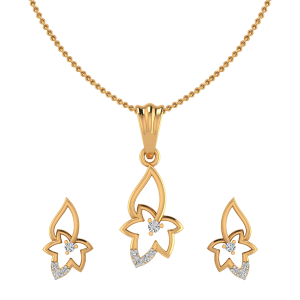 The Maple Leaf Diamond Pendant Set