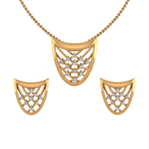 Golden Toto Diamond Pendant Set
